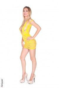 Yellow Dress : Natalia Starr striptease